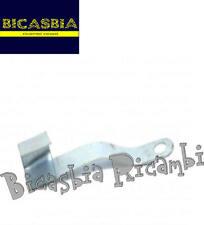 0809 - STAFFA FISSAGGIO CAVI VESPA 125 150 200 VESPA PX - ARCOBALENO - BICASBIA