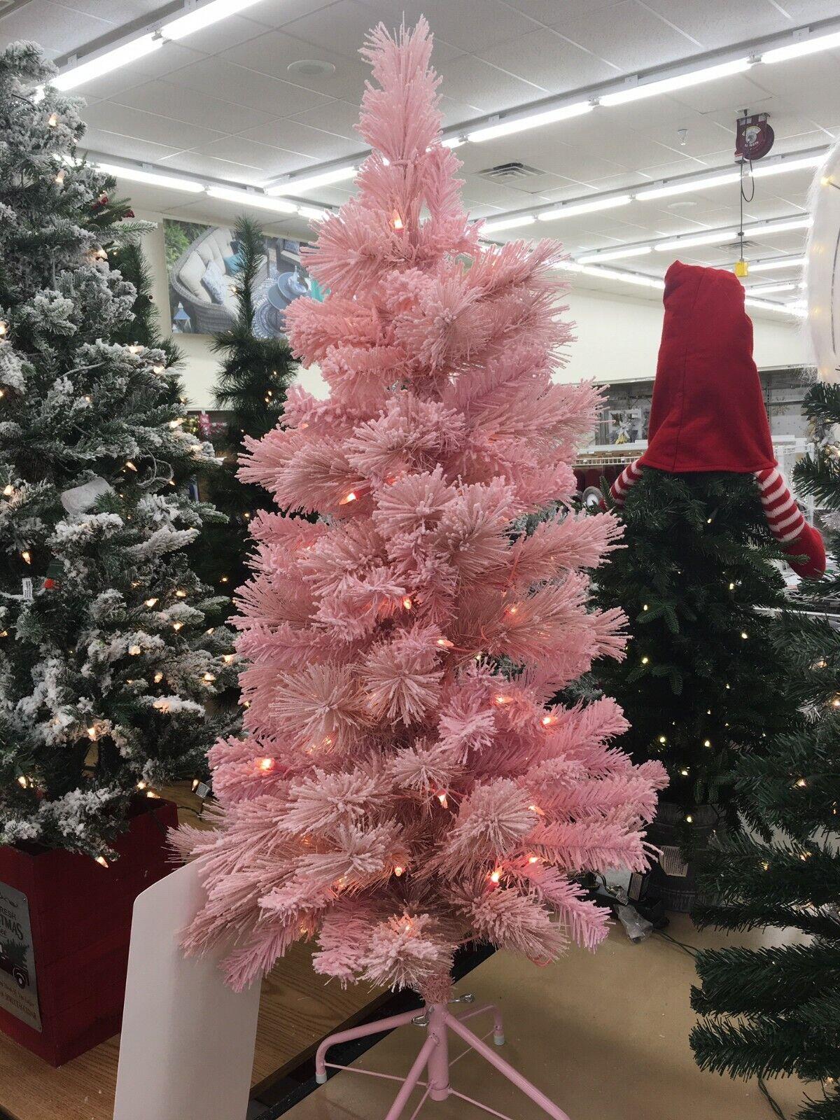 Vickerman 12ft Flocked White On Green 4768t Christmas Tree 2150 Clear Dura Lit For Sale Online Ebay