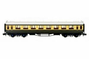 Dapol-2P-000-180-N-Gauge-Collett-Coach-BR-Chocolate-Cream-Second-W1092