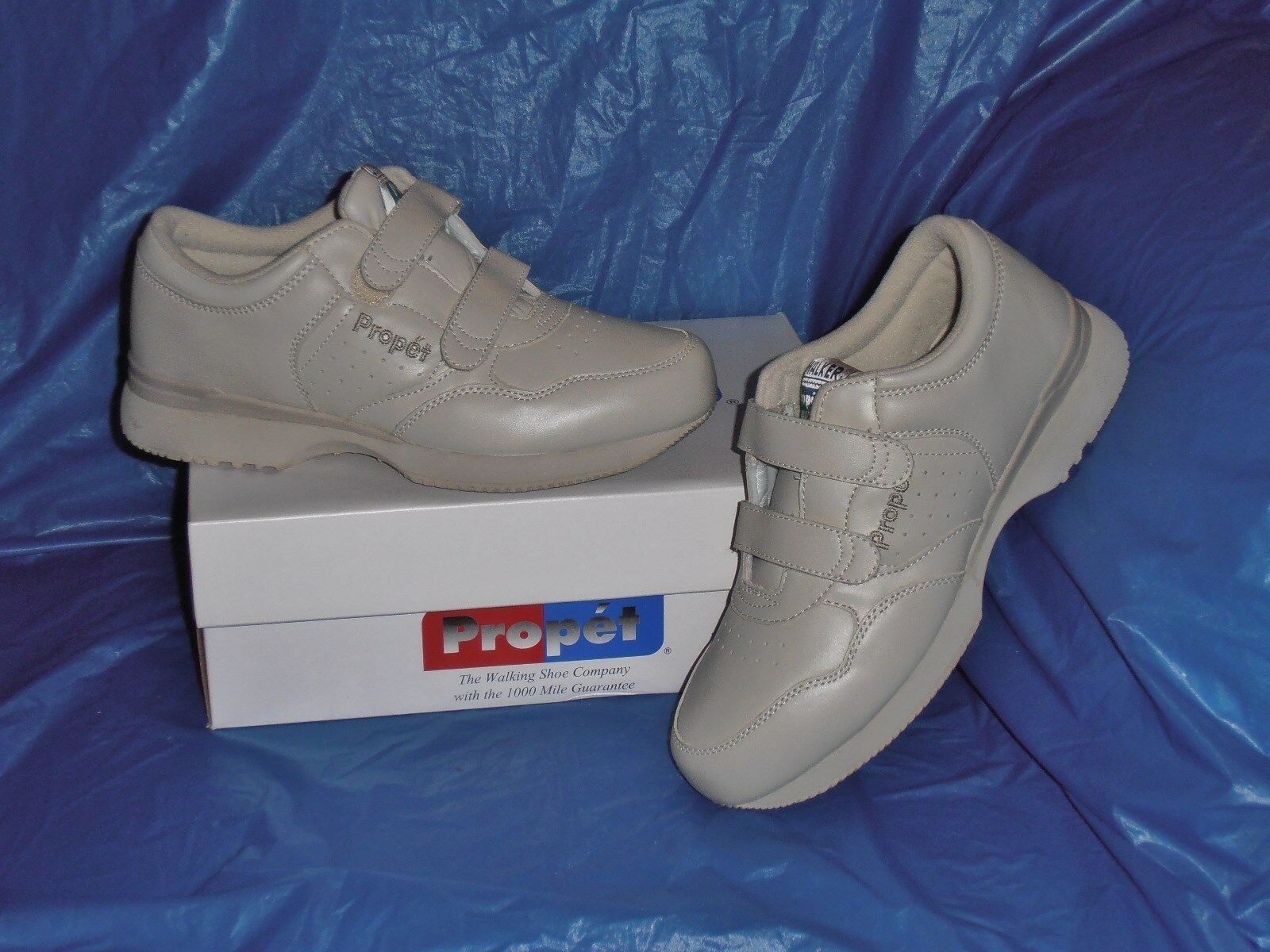 Propet M3705  Mens Dual Strap Lite Walking shoes,Bone  10 1 2  M  (D)
