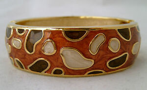 ENAMEL-BANGLE-WITH-SPRING-CLASP-OPENING-BROWN-BUBBLE-DESIGN