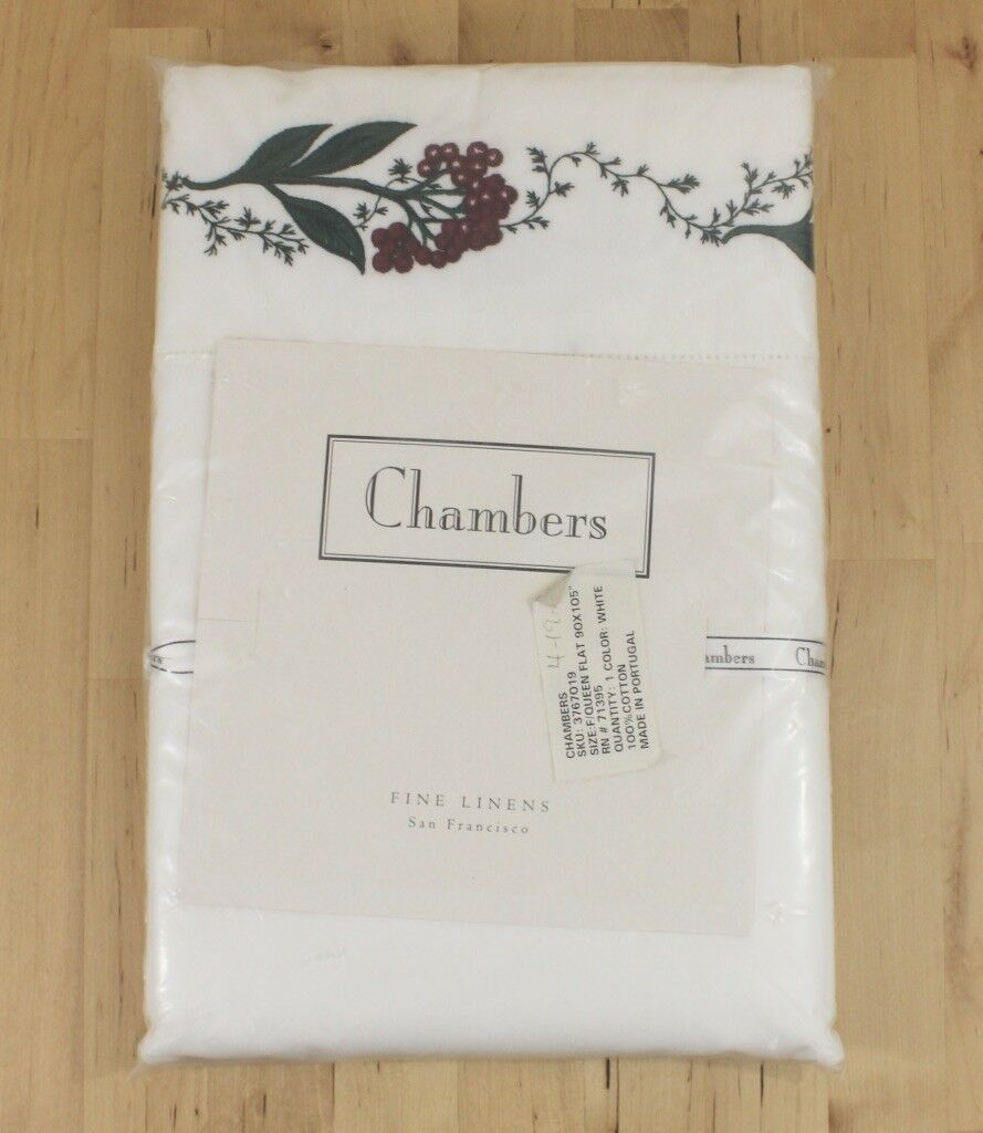 Chambres de San Francisco Linens Holiday Berry brodé complet Reine Feuille Plate
