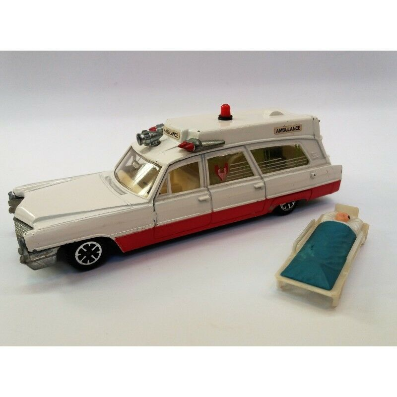 DINKY TOYS n.288   SUPERIOR RESCUER CADILLAC AMBULANCE (YEAR 1973) SCALE 1 43