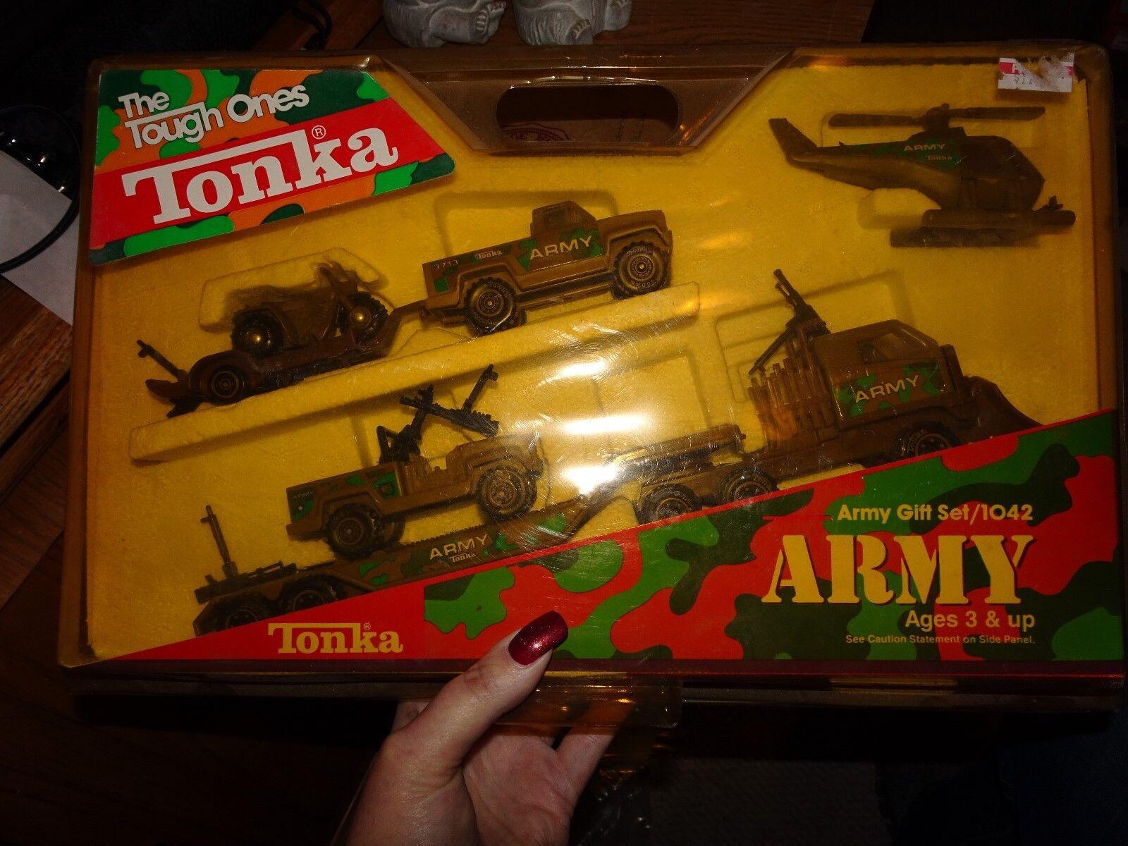 Vintage 1988 Tonka The Tough Ones Army Gift Set 1042 RARE
