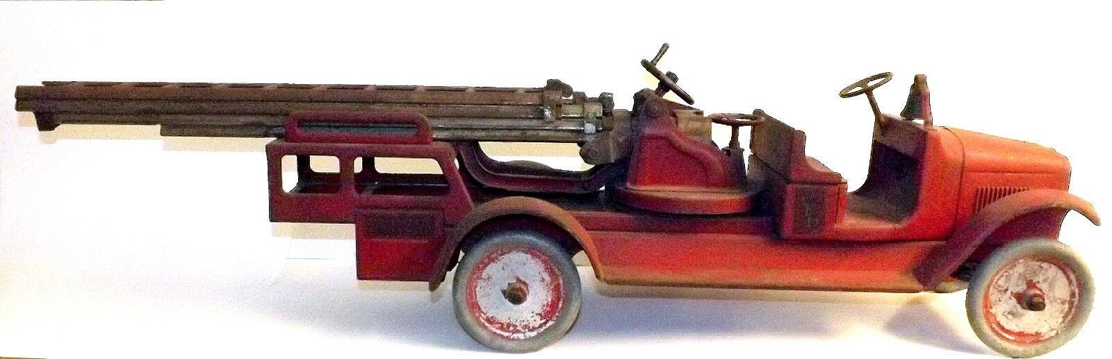 Década de 1920 Buddy L Antena Escalera Camión de bomberos con la palanca hidráulica   increíble