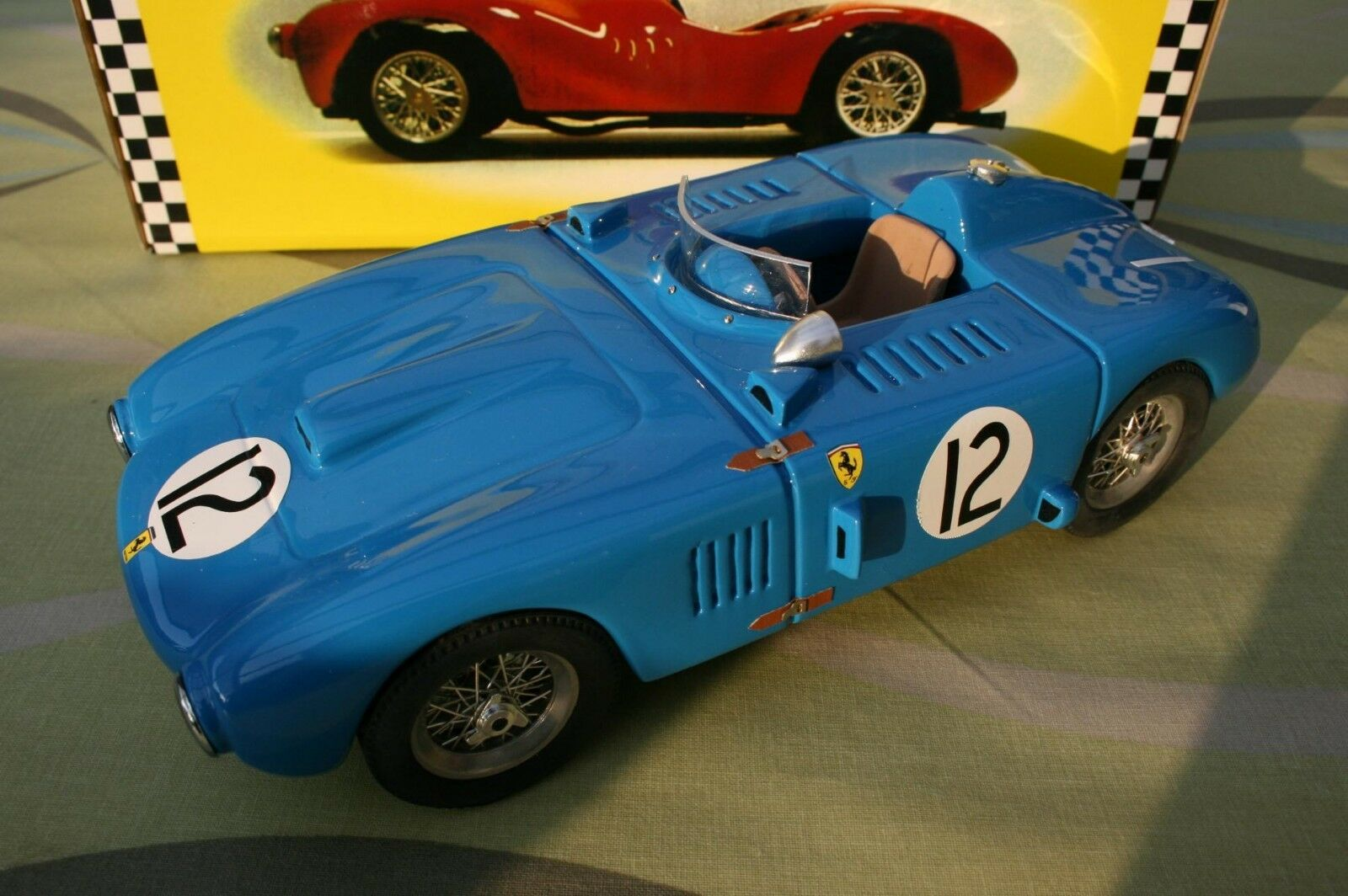 Ferrari Rosso Model 1 18 375 Plus Buenos Aires New in original box 100 pieces