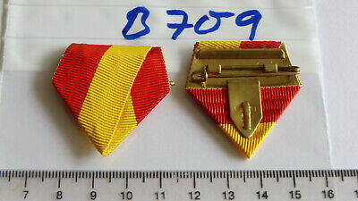 B693 Ordensschnalle Dreieck Band ist schwarz-rot-gelb neu 1 Stück
