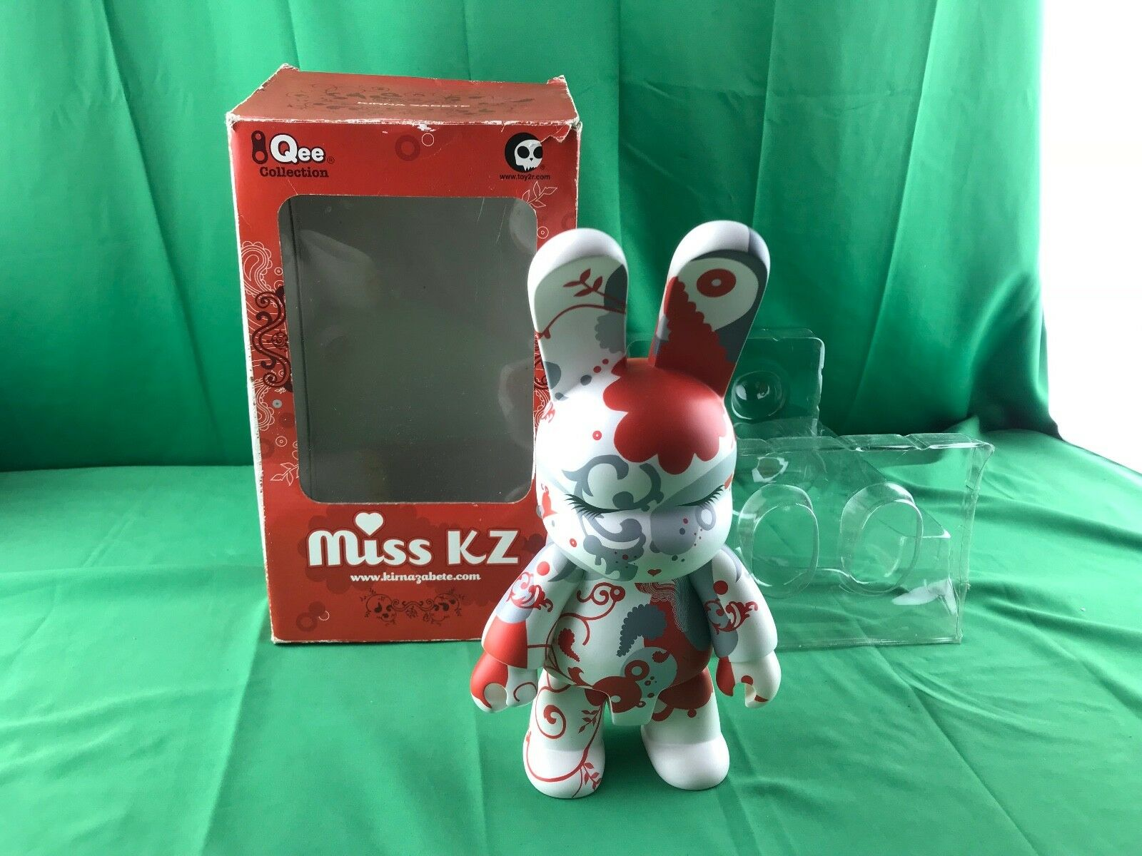 "Toy2r Miss KZ QEE Collection Kirna Zabete fashion 10"" Figure statue"