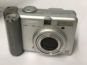 Canon PowerShot A70 3.2MP Digital Camera w/ 3x Optical Zoom