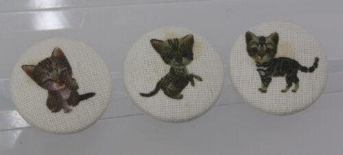 wohl ab 2010 Hübsches Textilknopf-Set mit Katzenmotiven