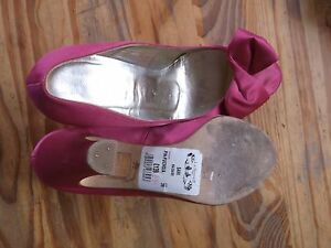 L-K-BENNETT-pink-satin-leather-bow-shoes-size-39-style-SAMI-fuschia