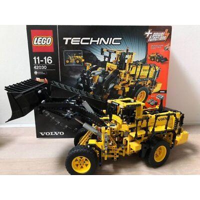 LEGO Technic VOLVO L350F Radlader (42030), ab 11-16 Jahren, 1x Gebaut, OVP