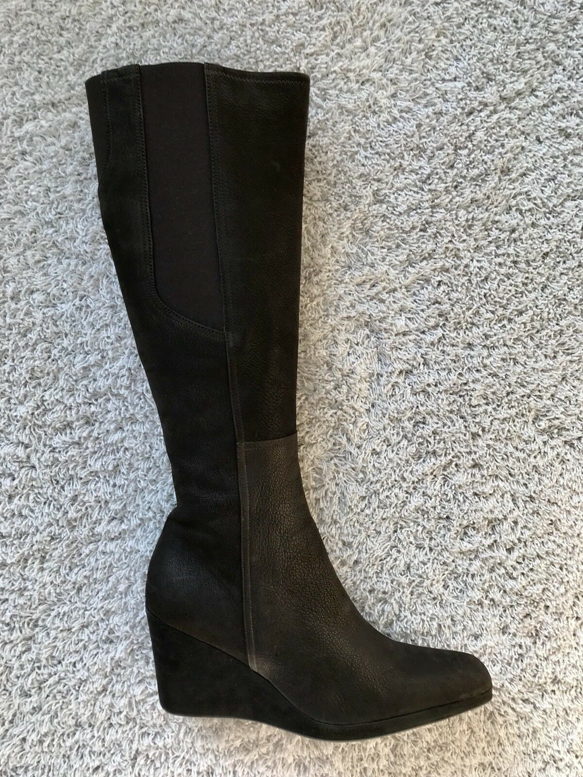 Elegante Stiefel    PRADA  Gr. 41  NEU  marone  Wildleder  Keilabsatz 7d7101
