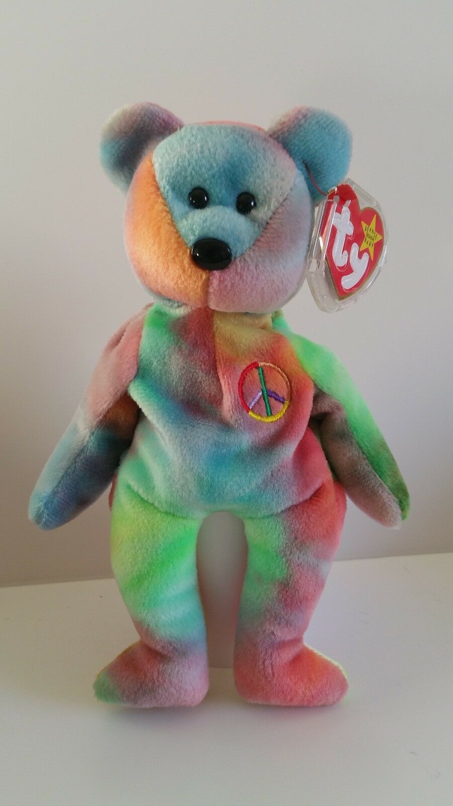 TY Peace Bear ,Retired - Made in Indonesia 1996 - Mint Condition - bb b 22p