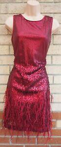 Jessica-Simpson-burgund-Pailletten-Perlen-Feder-Party-Bodycon-Tube-Kleid-10-S