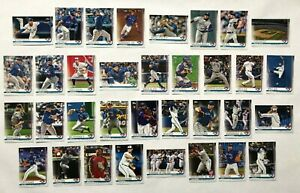 Toronto-Blue-Jays-2019-Topps-Series-1-2-amp-Update-Base-Team-Set-34-cards