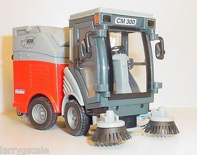 Street Sweeper Truck Miniature 1/24 Scale G Scale Diorama Accessory