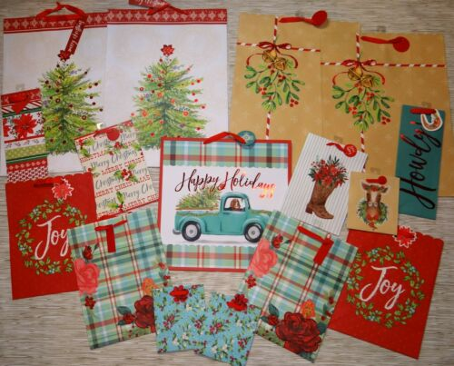 x16 THE PIONEER WOMAN 16pc LOT CHRISTMAS HOLIDAY GIFT BAGS ~ MIXED PATTERNS