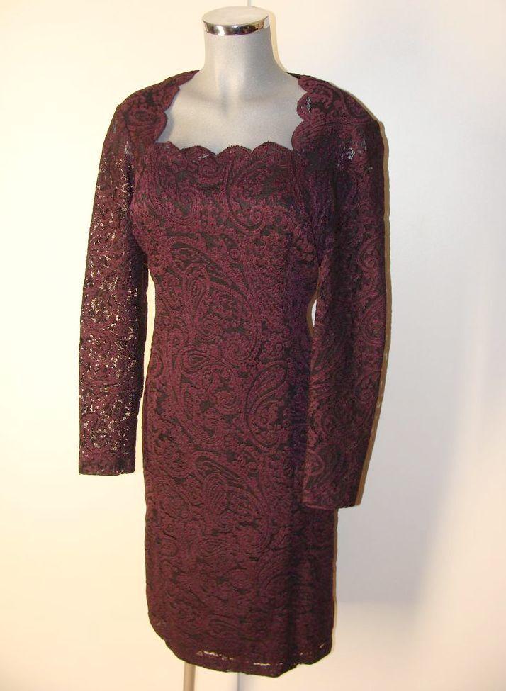 Traumhaftes Kleid in Dunkel Rot Beere Gr 44 viel Spitze NEU IV11