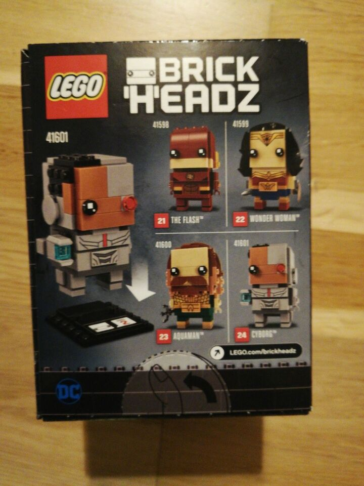 Lego Exclusives, 41601 brick headz