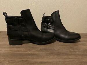 Old Navy Black Zip Up Ankle Boots Size