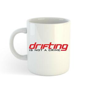 Drifting-Est-Pas-un-Crime-Style-2-313ml-300ml-Imprime-The-Cafe-Tasse
