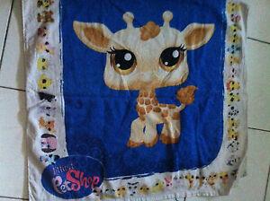 Serviette-Plage-ou-Piscine-bain-Girafe-LITTLE-PETSHOP-72x126cm