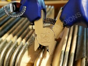 Accordion Tuning Tool Reed Tongue Lifter Shim Medium Size Import from Italy