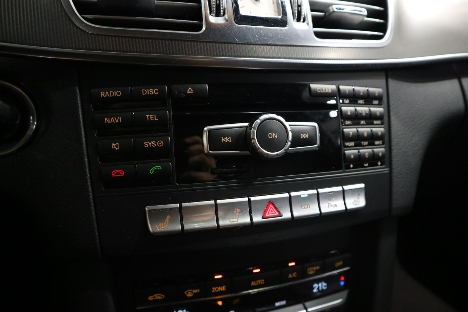 Mercedes E220 2,2 CDi Avantgarde AMG stc. aut. - billede 9