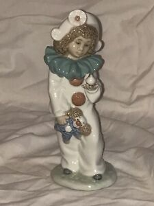 Spanish-Porcelain-Lladro-Nao-Figurine-Girl-Holding-Bird