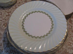 Minton-Cheviot-green-dishes-one-bread-plate-6-3-8