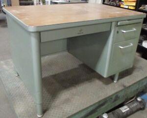 Vintage Metal Tanker Style Desk 46 x 31 x 29 42936EMU