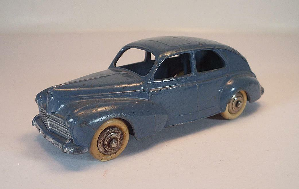 Dinky Toys france 24 R peugeot 203 grigio-blu body 2nd Type