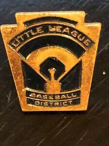 Collectible-Vintage-Little-League-Baseball-District-Color-Metal-Pinback-Hat-Pin