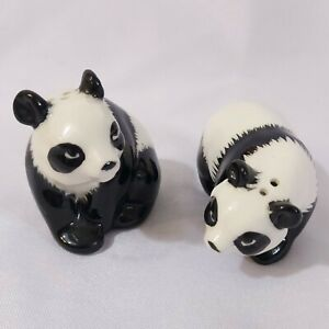 Panda-Salt-And-Pepper-Shaker-Set-Vintage-Made-in-Japan-Realistic