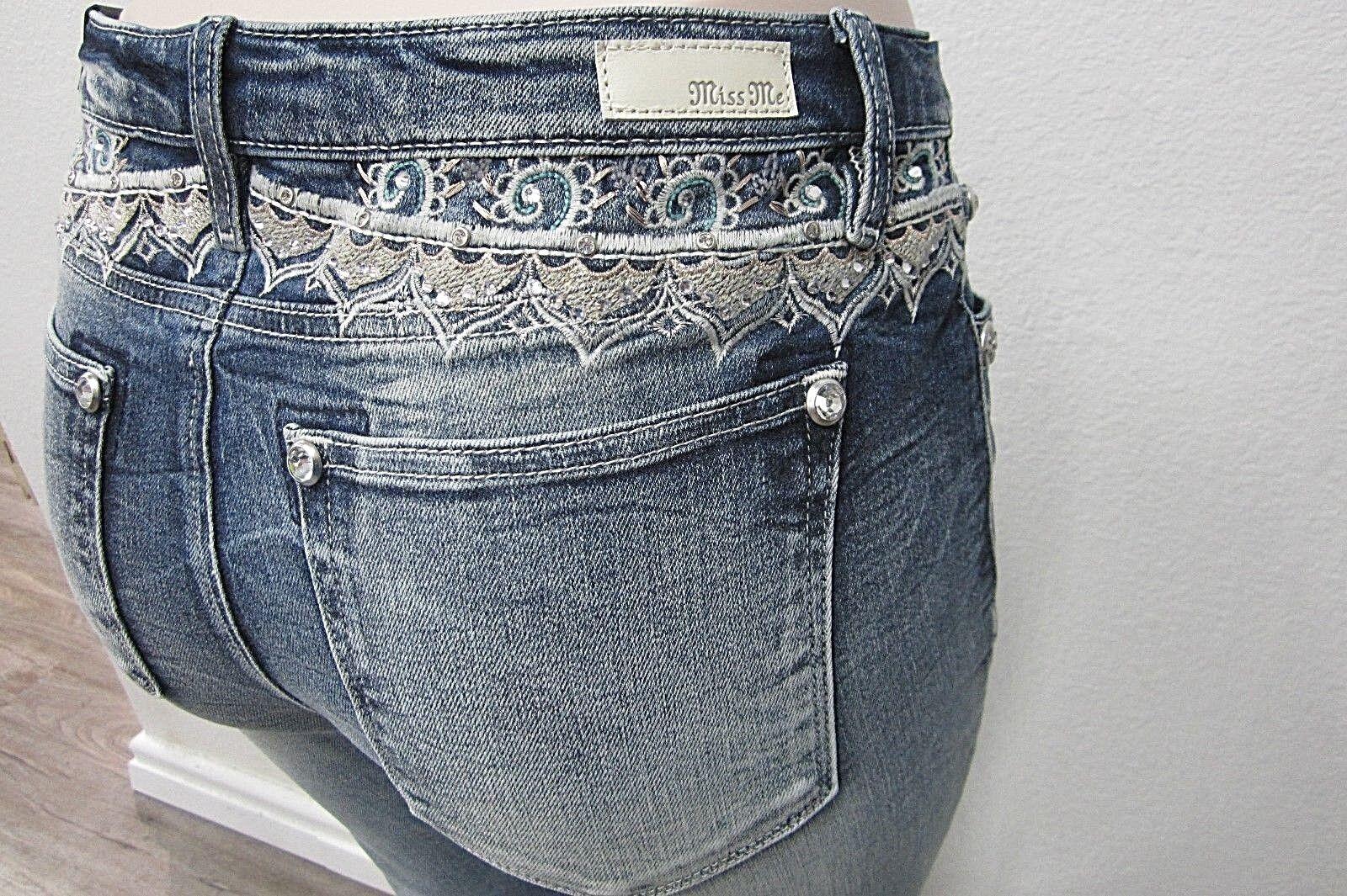 NWT Miss Me  Embellished Yoke Medium Wash Basic Skinny Cut Jeans M3150S Sz 25x29