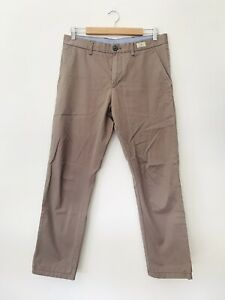 Men-039-s-Tommy-Hilfiger-Size-32-34-Stone-Chinos-Excellent-Condition