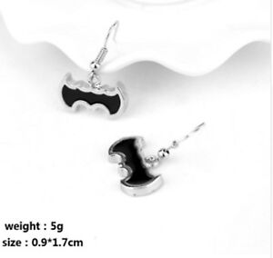 Pair-Of-Batman-Silver-Tone-Hook-Stud-Earrings-Bat-Man-Ear-Rings-Girls-UK-Seller