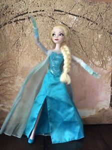 "super popular 699ab 8a19f Details zu 16"" Disney Singing Light Up Elsa Doll Complte With Original  Shoes. VGC"