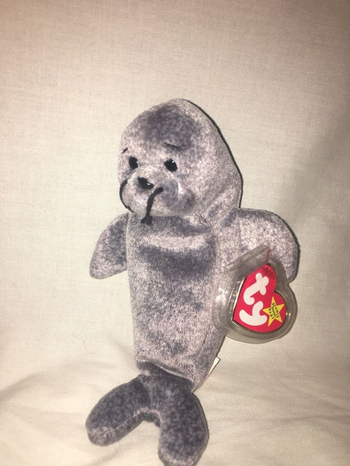 1998 Slippery the Seal Ty Beanie Baby in Mint Condition