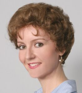 50 S WOMENS OLD LADY SHORT WAVY TAPERED HAIR WIG GOLDEN GIRLS ... 9d37329e24