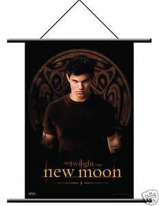 NEW-MOON-Twilight-WALL-SCROLL-Jacob-Black-T-Launter-NEW