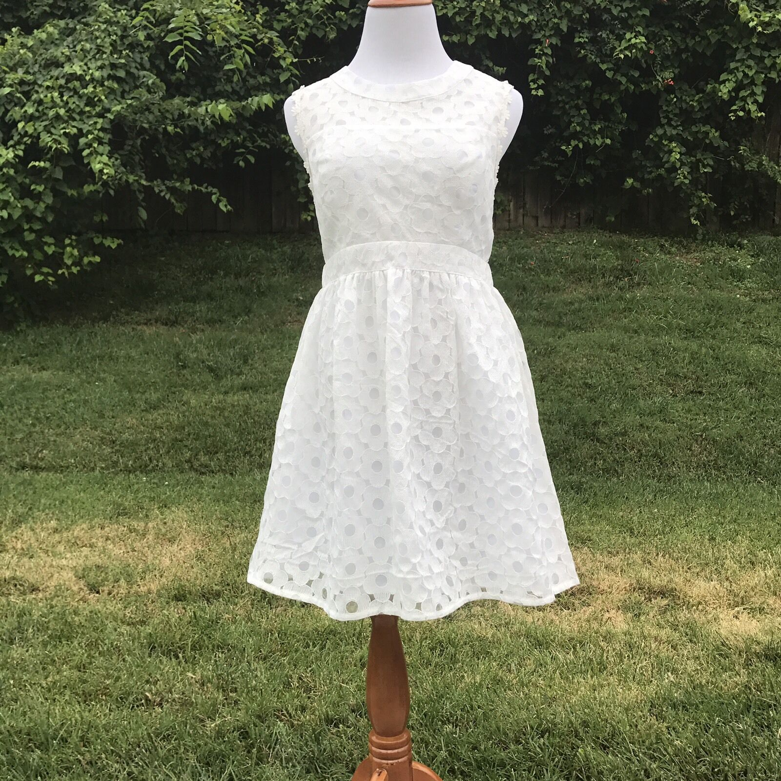 Altar'd State Womens Dress L Floral Lace Solid White Mini Open Prom Zipper Flare