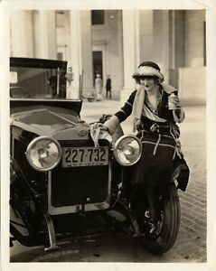 New York City Stylish Flappers photo  Classy Auto 1920/'s Jazz Prohibition