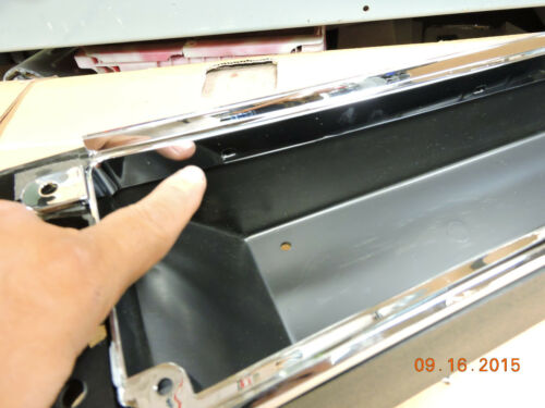 66-67 CHEVELLE CONSOLE NEW ASSEMBLY /& MOUNTING CLIPS MALIBU SS EL CAMINO 4-SPEED
