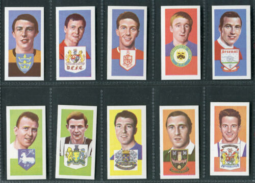 A.15 BARRATT PICK YOUR CARD FAMOUS FOOTBALLERS A.11