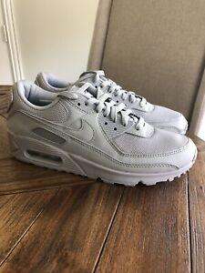 air max 90 triple grey