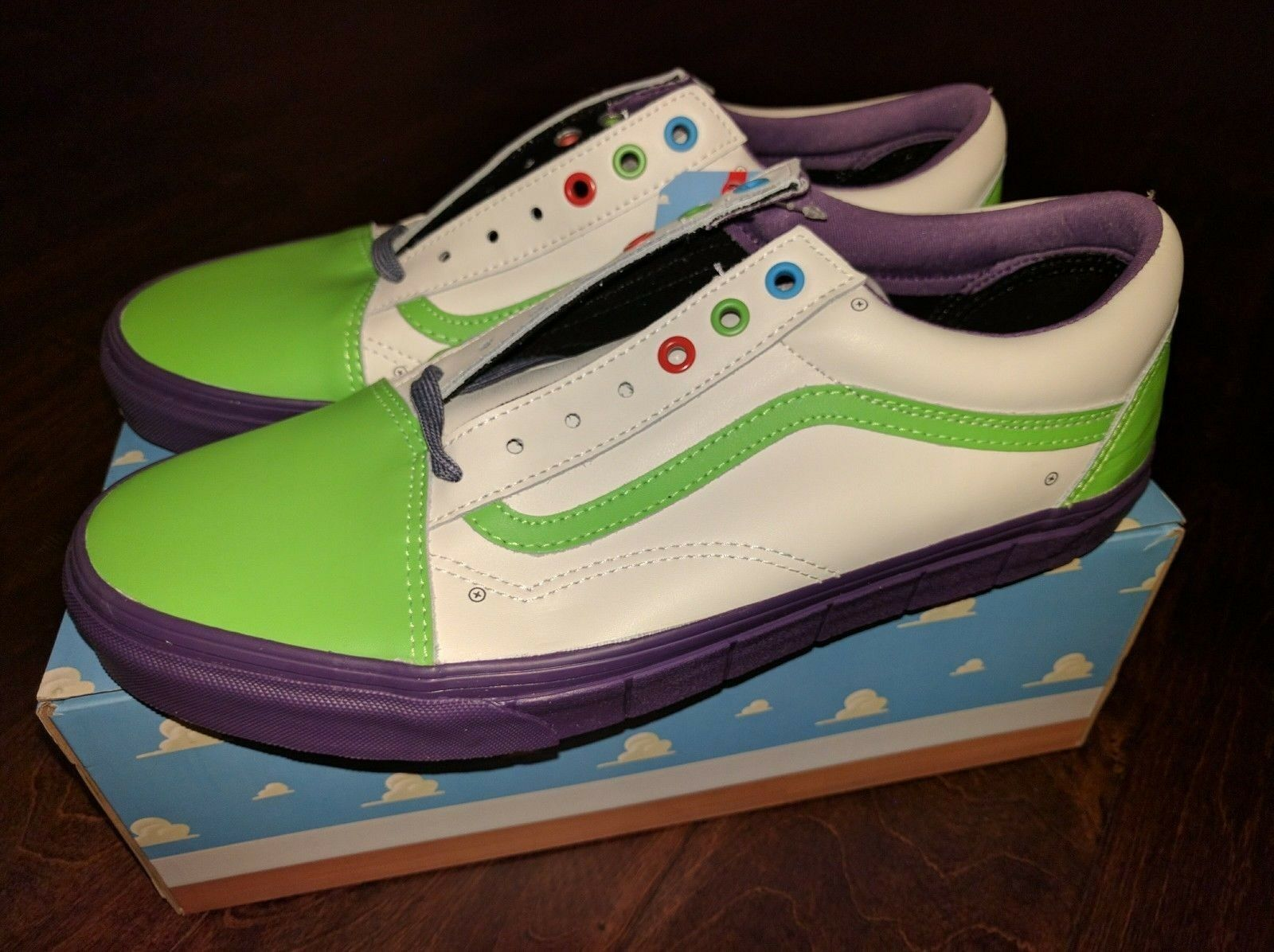 NEW Vans Old Skool Toy Story 4 Buzz Lightyear Land shoes White Green Purple RARE