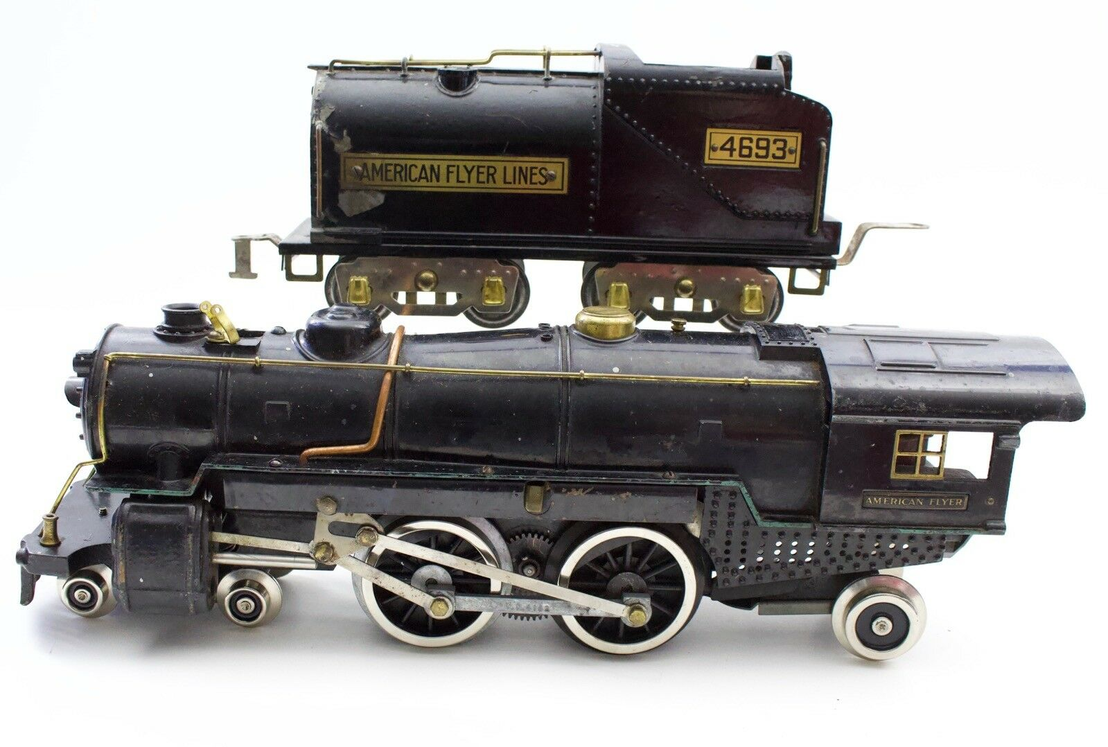 American Flyer Prewar Wide Standard Gauge 4692 & 4693 Steam Locomotive 4-4-2