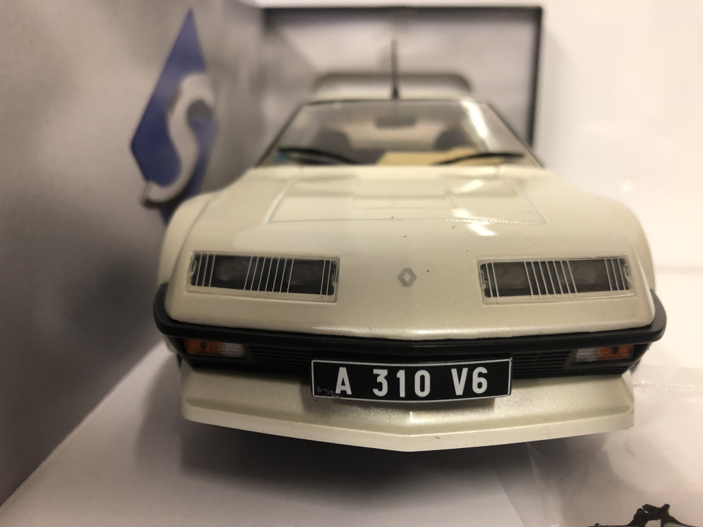 Renault Alpine A310 GT White 1 18 Scale Solido S1801201 S1801201 S1801201 New Boxed b33b12